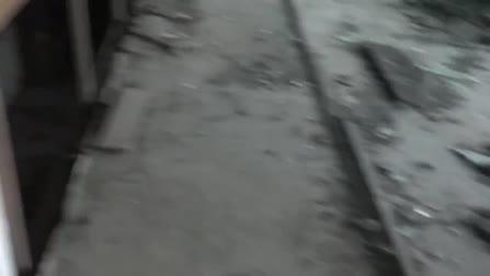 Пикапер отвел незнакомку на развалины дома и там присунул ей член в пилотку